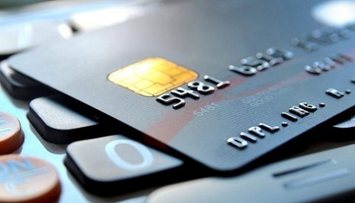 Kredi kartı kullanan, bankada hesabı olan herkesi ilgilendiriyor!