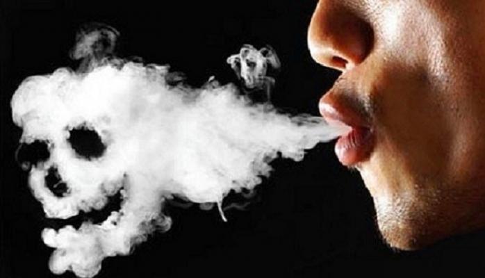 Sigara içenler 14 kat daha fazla tehlikede
