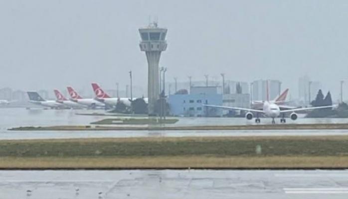 THY uçaklarını Atatürk Havalimanı'na çekti