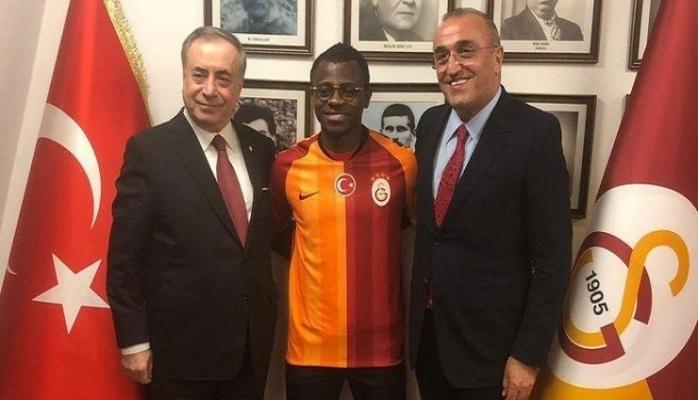 Jean Michael Seri resmen Galatasaray'da!