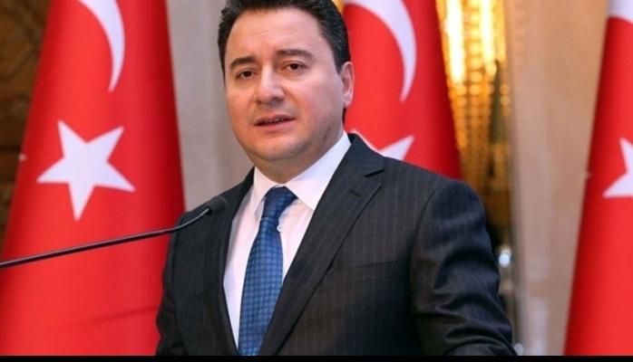 """""""Ali Babacan parti kurmak için düğmeye bastı"""""""