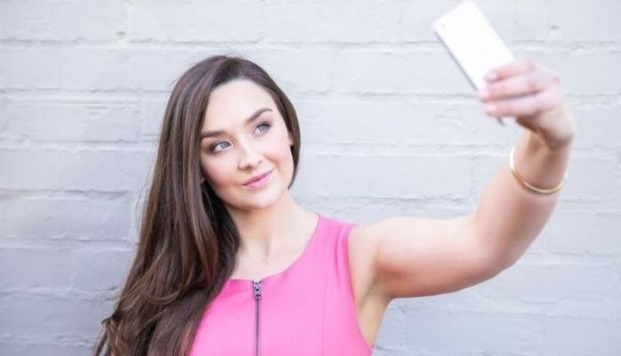 Selfieler estetiğe talebi artırıyor mu?