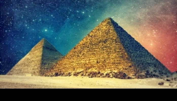 Keops Piramidinin Gizemi (Belgesel)